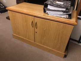 Cabinet for sale - R750