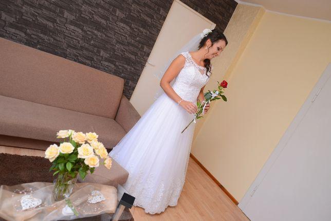 """Piękna Suknia ślubna śnieżnobiała roz 38-40 """"Dafne"""" Olesno - image 1"""
