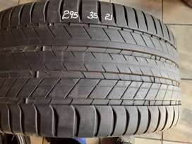 Tyres 295/35/21 Michelin