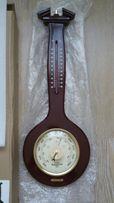Барометр с термометром.
