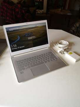ACER Aspire S7  Core i7 Touch Screen Ultra Thin