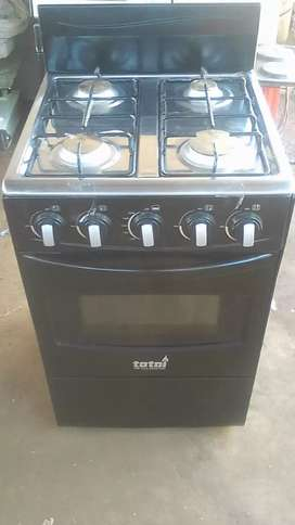 Gas Stove and oven R2000 New