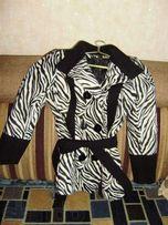 Продаю молодежное пальто