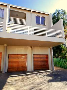 Revamped 3 Bedroom, 3 Bathroom unit, perfectly situated