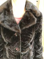 Полушубок мутон с норковыми воротником и рукавами. Размер L.