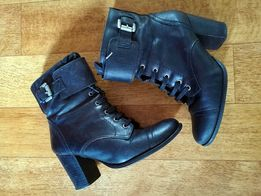 Черные ботинки сапоги на шнурках и на замочках кожа от next 37 р.