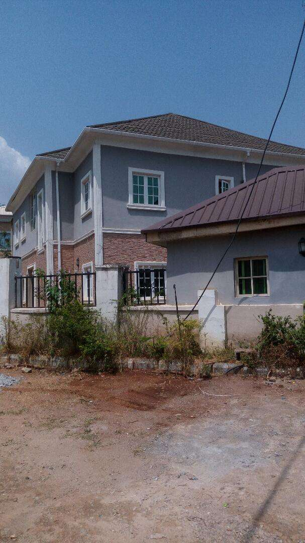 Fully detached 5bedroom duplex with 2rooms BQ for sale in Dawaki trans 0
