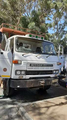 Truck for hire from R1800 per loard