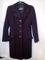 Пальто женское черное б/у