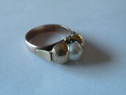 ładny złoty pierścionek proba 333