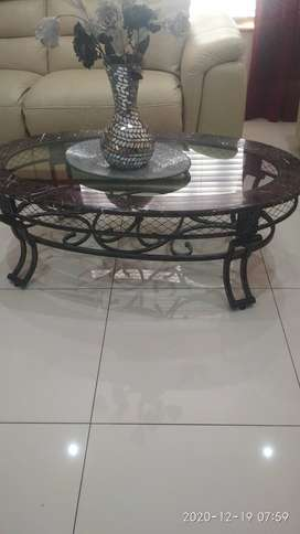 Oval coffe table marble to sell