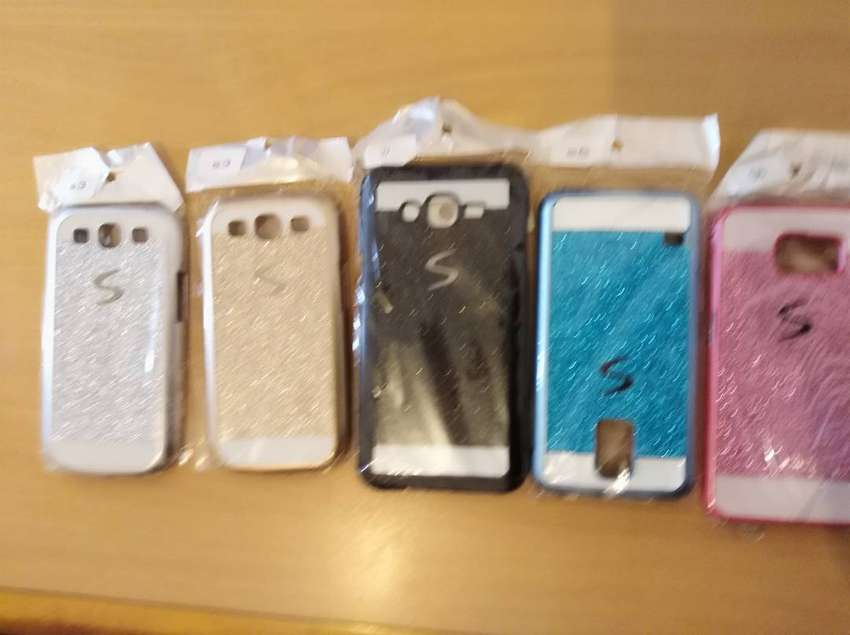 5 Cellphone Covers 0