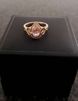 18 Carat Rose Gold Pear Morganite with 16 diamonds and vintage detail