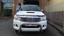2014 Toyota Hilux 3.0 Extra Cab D4D 4x4  For Sale