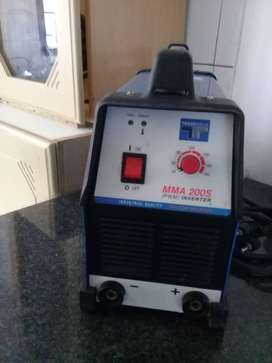 Trade weld mma 200s tig and arc machine