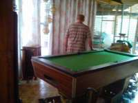 Image of Unslotted pool table