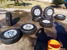 Tyres with rim