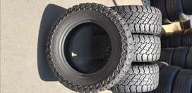 265 / 65 / R17 Cooper Discoverer S/T Maxx Tyres