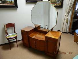Eclectic dressing-table 1950