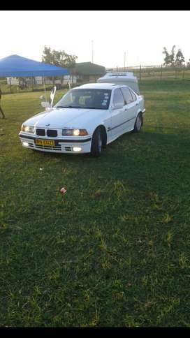 Selling my bmw 325i auto