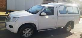 ISUZU KB250 DTEQ SINGLE CAB IN EXCELLENT CONDITION WITH CANOPY