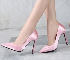 Eleganckie satynowe różowe szpilki