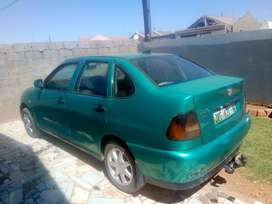 Polo classic 1.6 for sale, 1999 model green in colour