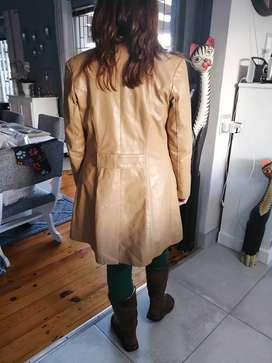 Leather ladies jacket tan color size 32 R300