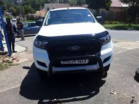 Ford Ranger extra Cab 4×2 2.2-6speed