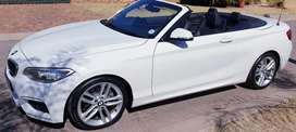2015 Bmw 220i  f23 M Sport Package Convertible  Auto R299000