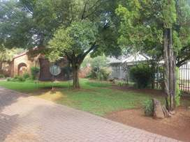 House to rent in Golfpark Meyerton with pool