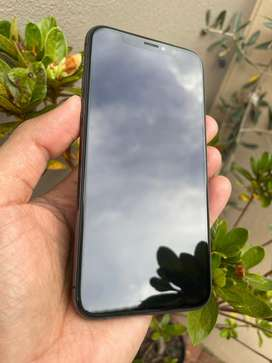 iPhone XS - 256gb - Like New