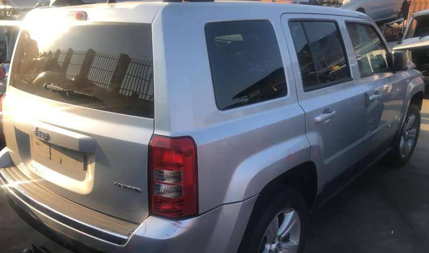 Jeep Patriot limited 2.4lt petrol manual stripping for spares 0