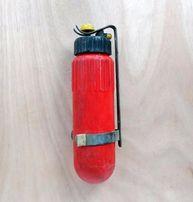 Огнетушитель СССР (маленький 32 см) с креплением на стену