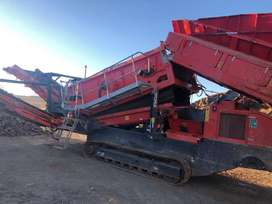 FINLAY 883+ SCALPER CRUSHER