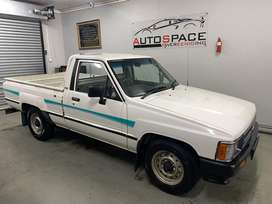 1995 Toyota Hilux 1.8 Hips One Owner