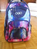 Plecak szkolny na kółkach marki OGIO bez szelek