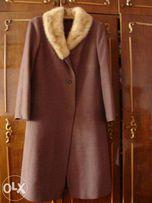 Женское пальто с натуральной норкой