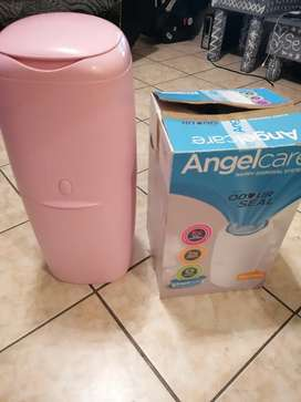 Angelcare nappy disposal unit