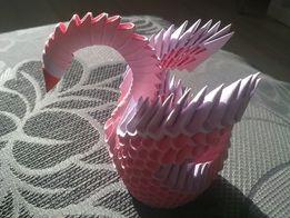 Продается фигурка розового лебедя из бумаги (модульное оригами)
