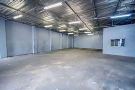 Industrial unit to rent in Main Reef Denver **available immediately**