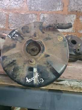 Hyundai accent brake booster