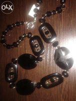 Ожерелье-украшение новое из натуральных камней