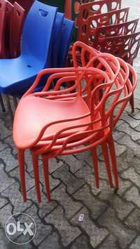 This is a brand new plastic restaurant chairs 0