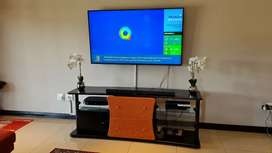 Modern solid Wood, Glass & Metal TV Plasma stand unit