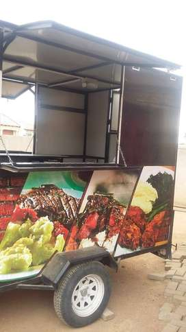 Mobile cooking Trailer