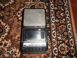 """Кассетный магнитофон """"Panasonic"""" RQ-2102"""