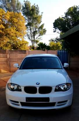 2010 BMW 125i coupe A/T