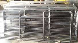 Kraal panels for cattle or sheep or calfs