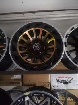 Bakkie mags size 17 set new for sell pcd 6 /139 fits most of bakkies